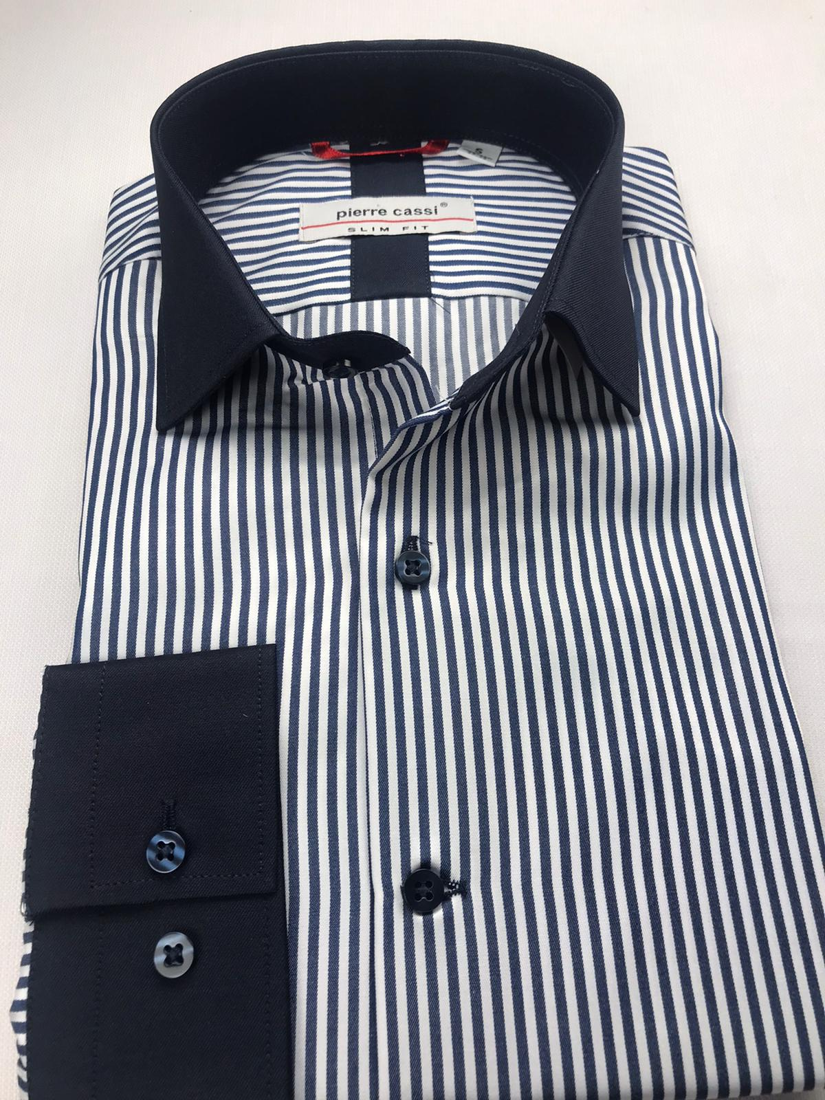 Klasik Giyim Gömlek Tercihleri